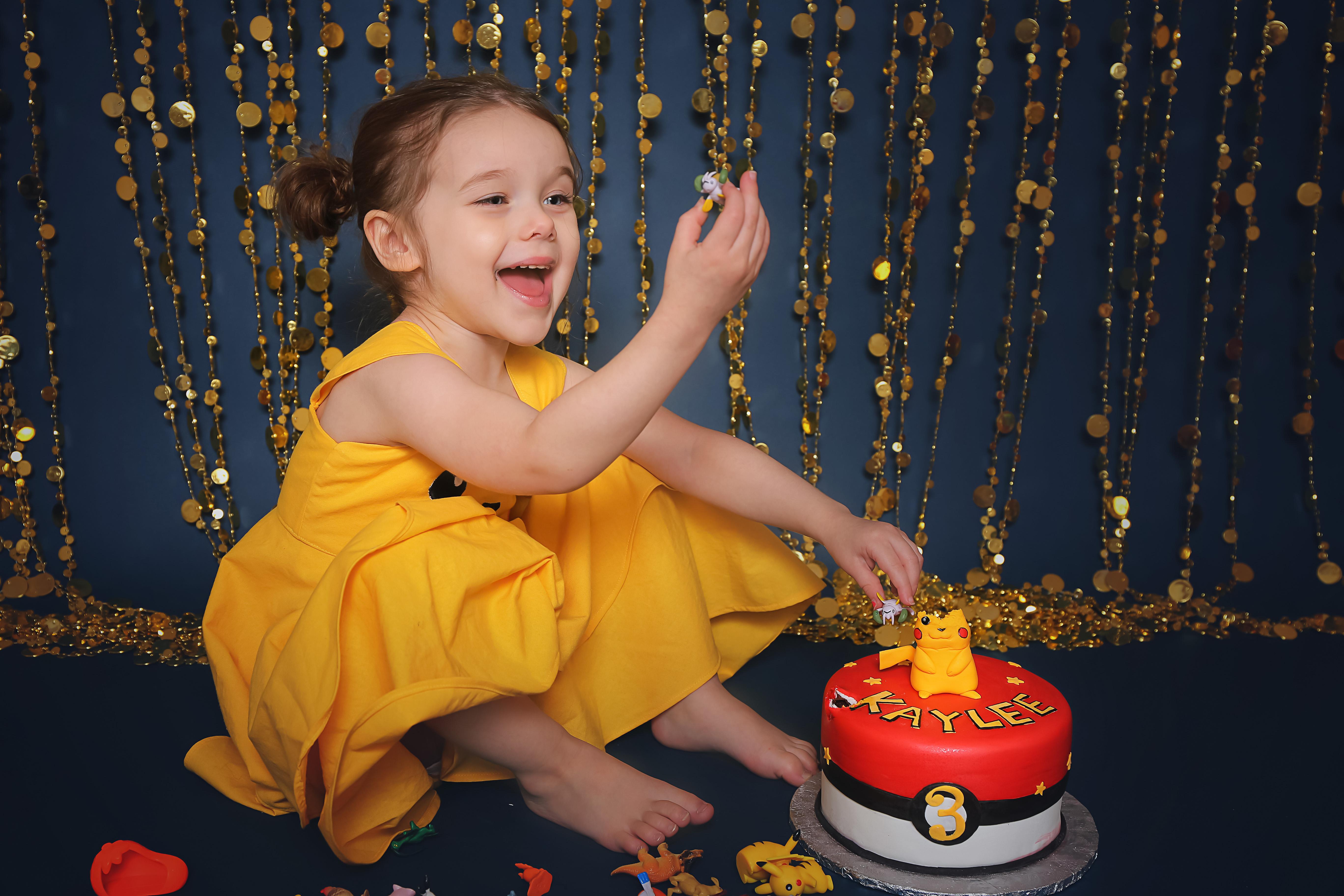 Katie Elizabeth Photography, Windsor Ontario Birthday Photographer